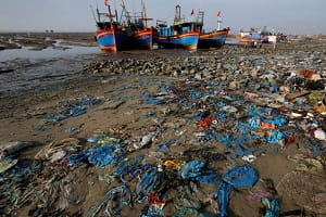 Vietnam Malaysia limit waste imports pollution worsens