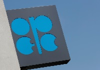 Voluntary cuts push Opec June output to record low
