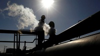 Libya's military strongman halts oil exports ahead of peace talks