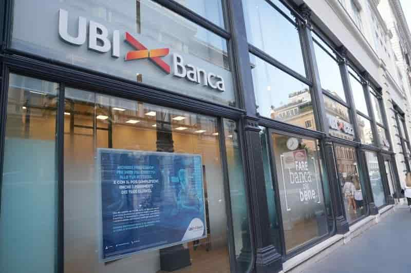 Italy IntesaSanpaolo Bank UBI