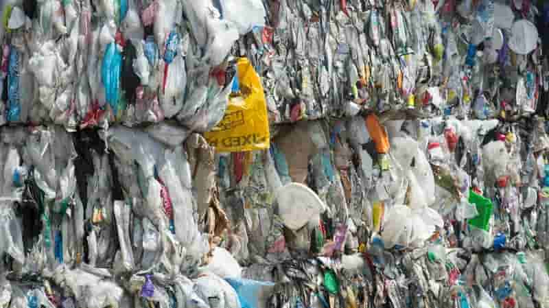 EU at risk of missing plastic recycling targets