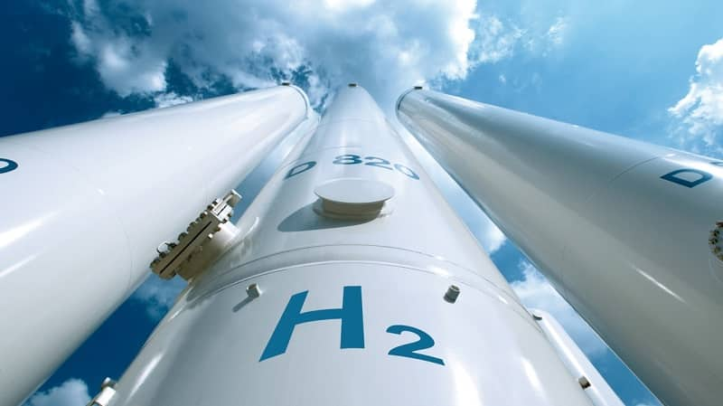SNAM - PURCHASES 33% OF DE NORA FROM BLACKSTONE TO STRENGTHEN IN HYDROGEN TECHNOLOGIES