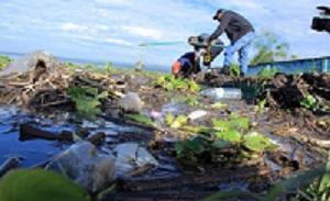Plastic waste Africa Kenia