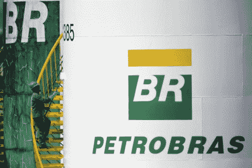 Petrobras CEO calls bio jet fuel key for de-carbonizing