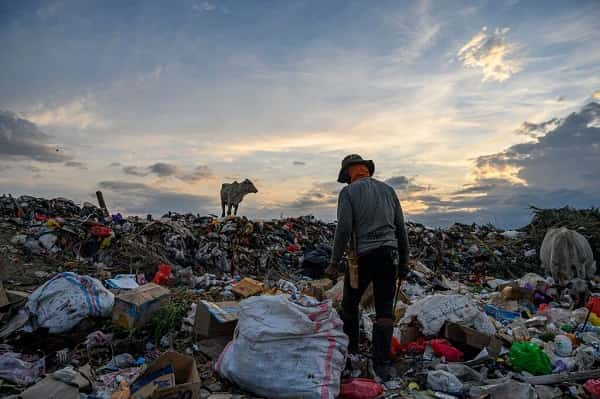 Here Is Who's Behind the Global Surge in Single-Use Plastic