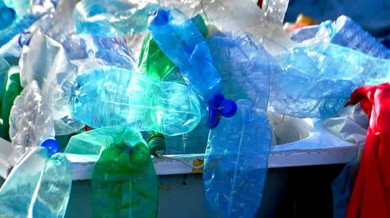 North American plastic recycling rates highlight need for investment in collection and infrastructure